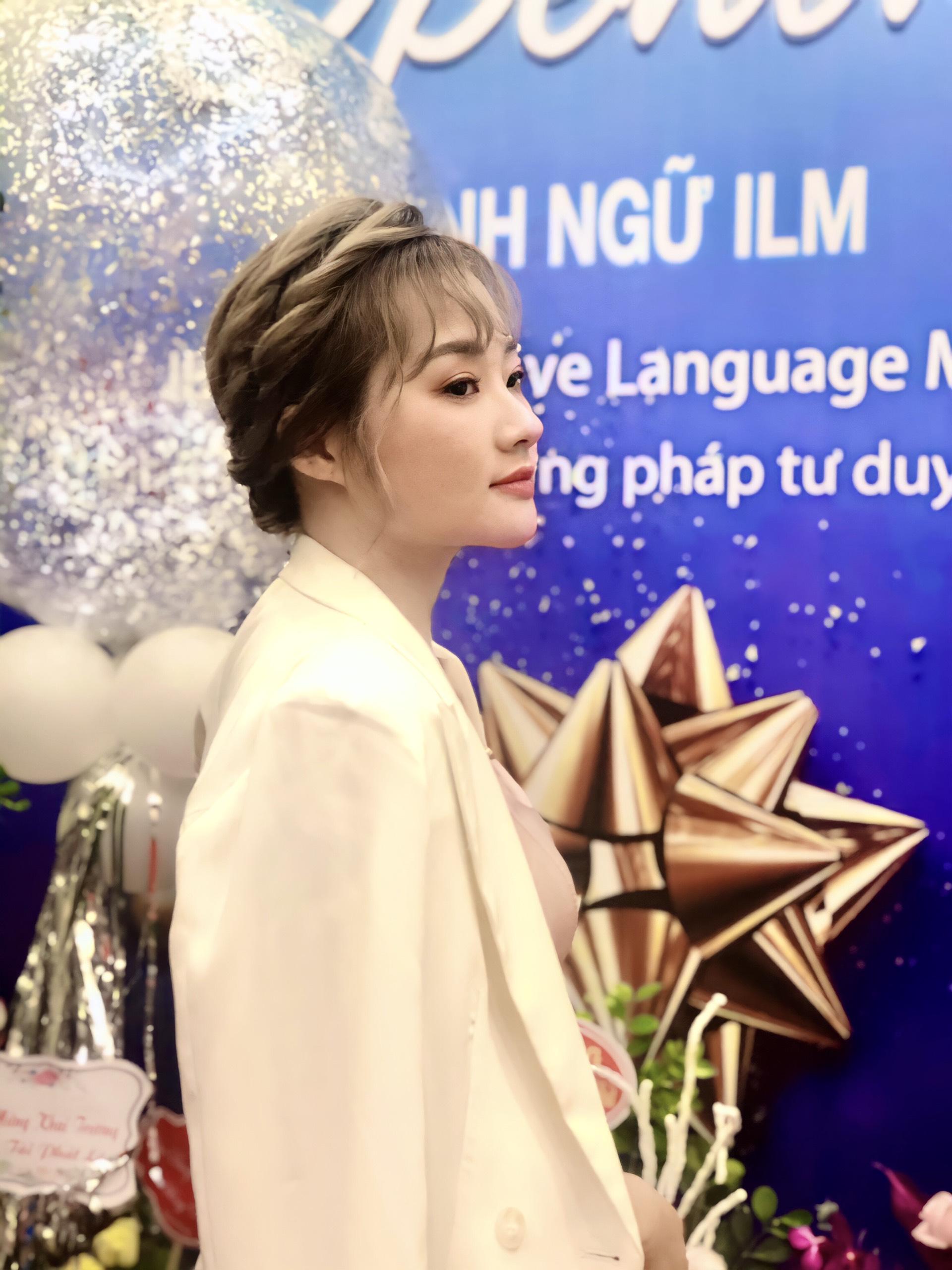 Image of Chị Nguyễn Thúy Hằng - Giám đốc nhân sự Global Bank